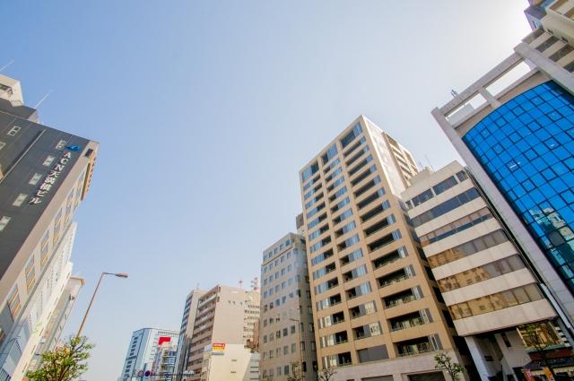 天満橋駅前風景